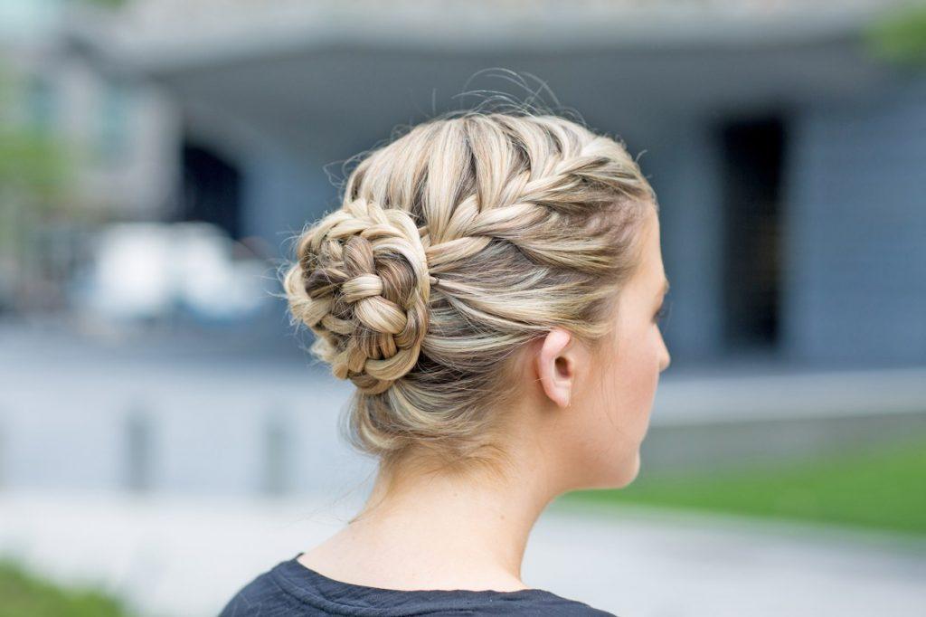 Chignon mariage tressé  9 modèles de coiffure au top