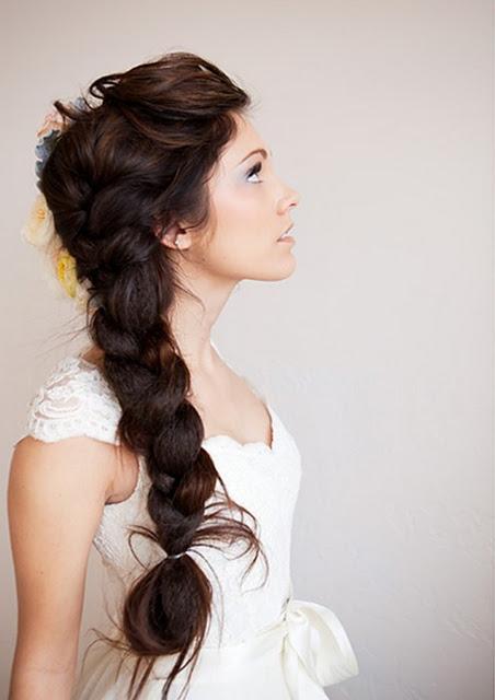 coiffure mariage tresse latérale ébouriffée
