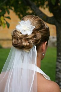 coiffure mariage voile bas