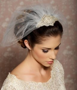 coiffure mariage voile en hauteur